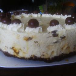 Honeycomb Cheesecake Slice